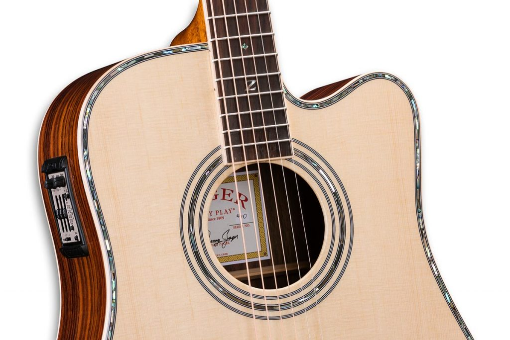ZAD900CE Solid Spruce/Rosewood Acoustic Electric AURA Pro Series