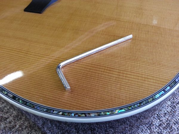 truss rod key