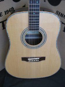 #1829 ZAD900 Acoustic Discount Guitar