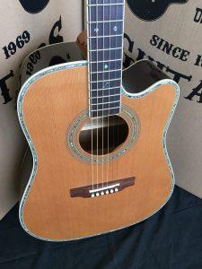 #1899 - 80CE Aura Acoustic Electric Discount Guitar