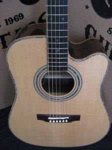 #1869 - 900CE Acoustic Electric Discount Guitar
