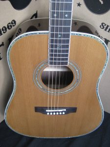 #1912 - ZAD80 Acoustic Discount Guitar