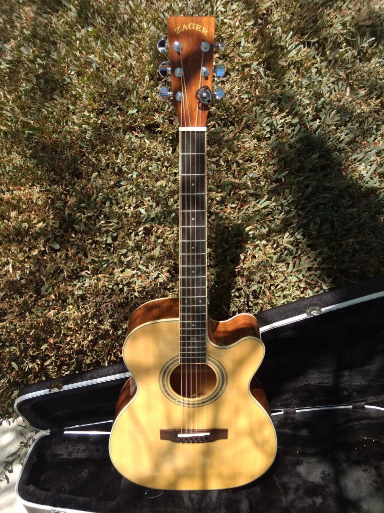 """ZAD50CE Left Handed Solid Spruce/Mahogany Acoustic Electric Smaller """"OM"""" Size"""